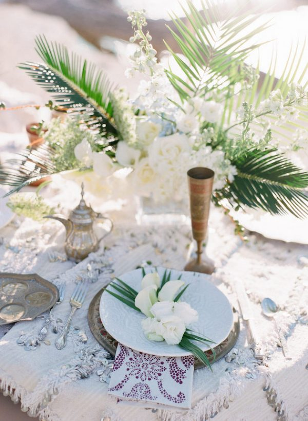 Modern Beach Wedding Vibes bridalmusings.com - jennymccann.com