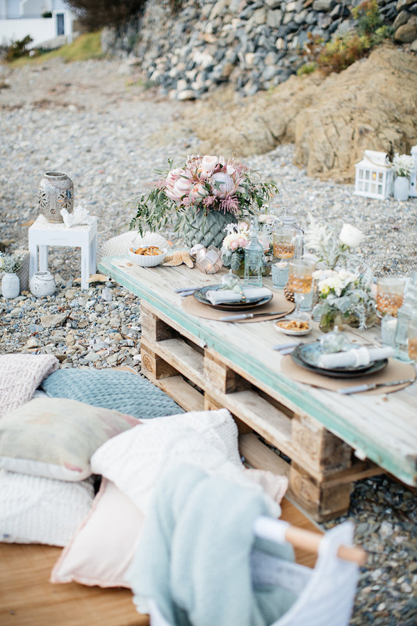 Modern Beach Wedding Vibes Ruffled - photo by Charlotte van den Berg http://ruffledblog.com/spanish-bohemian-beach-inspiration
