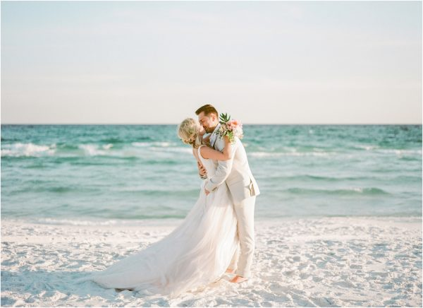 Modern Beach Wedding Vibes sweetjulepphotography.com