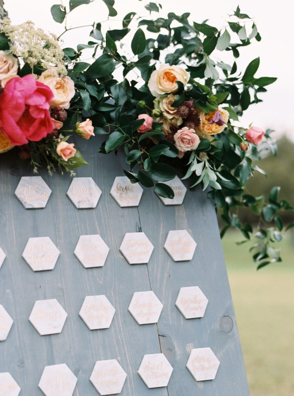 5 Stylist Ways To Create A Marble Metallic Wedding Theme stylemepretty.com - aprylann.com