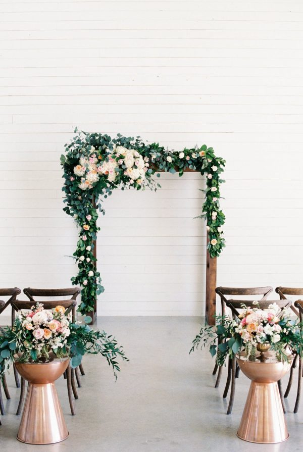 5 Stylist Ways To Create A Marble Metallic Wedding Themestylemepretty.com - emilieannephotography.com