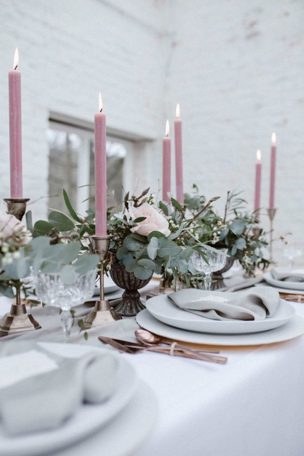 Pretty Pink Summer Table Styling Ideas rockmywedding.co.uk - agnesblack.com